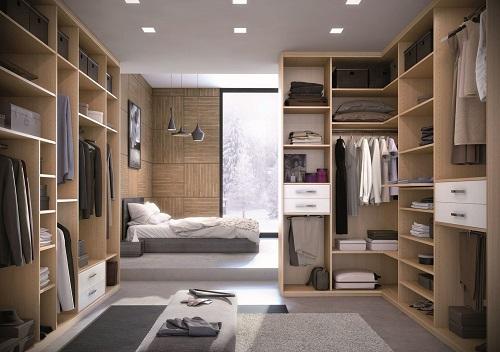 Salle de bain de luxe avec dressing