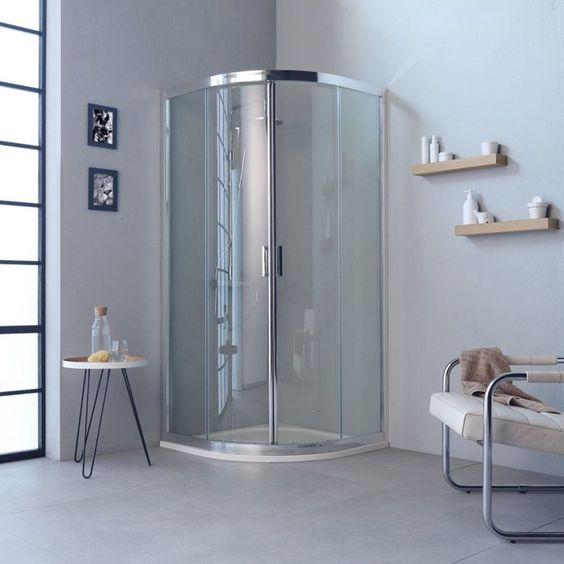 Douche avec rangements