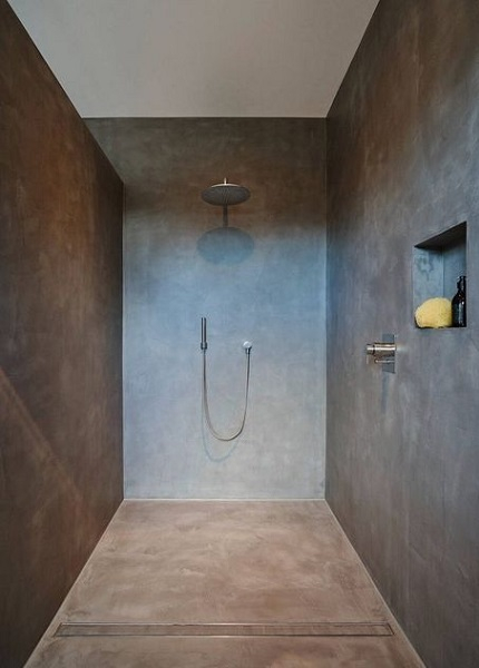 Installer caniveau douche italienne