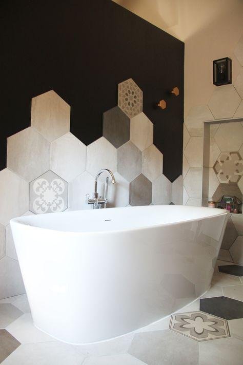 Mettre carrelage mur baignoire