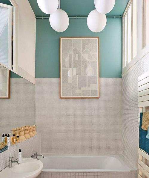 Mettre couleur dans petite salle de bain