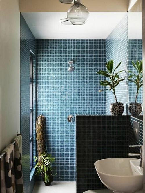 Mosaïque turquoise douche italienne