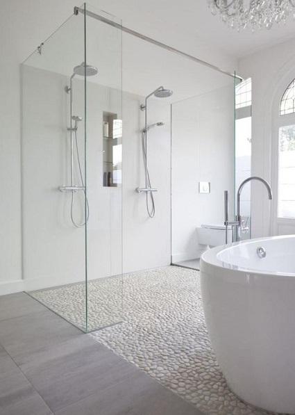 Faire douche italienne avec receveur à carreler