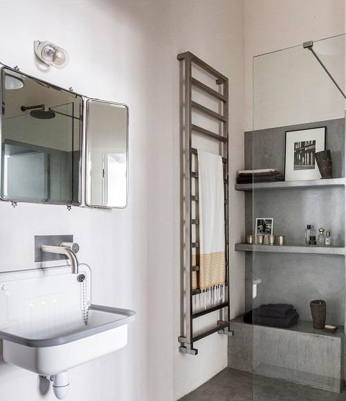 Mettre des étagères dans une douche