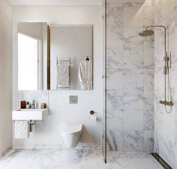 Faire douche avec marbre