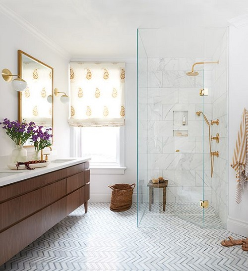 Meuble de salle de bain sur pied pour grande salle de bain