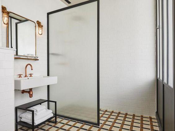Paroi de douche en verre salle de bain