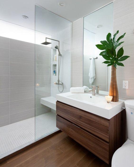 Aménager une petite salle de bain avec douche et wc : pour ...