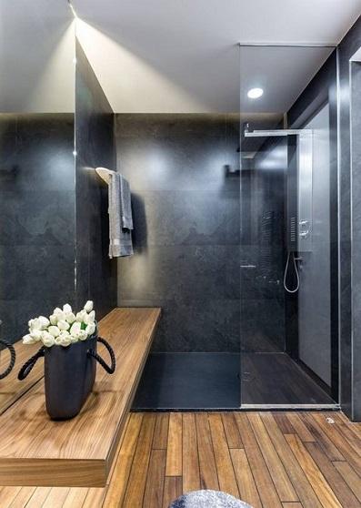 Pose de sol stratifié dans la salle de bain : le sol ...