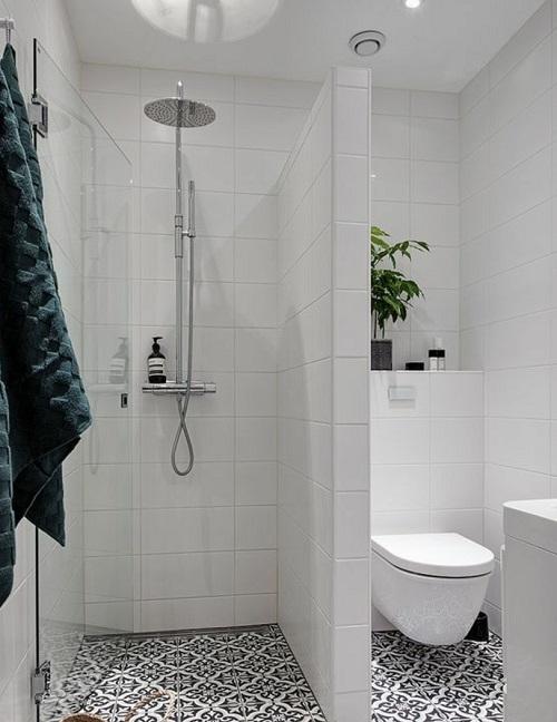 Petite salle de bain avec douche a l'italienne