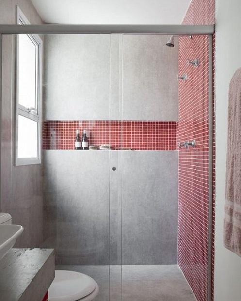 Fenêtre dans la douche