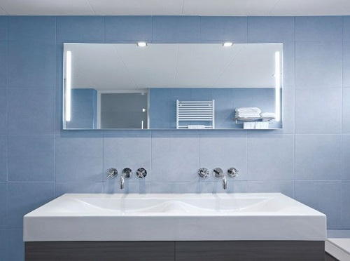 Salle de bain bleu pastel
