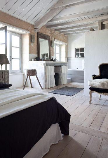Salle de bain bois dans chambre