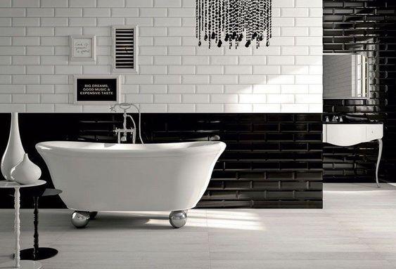 Soubassement carrelage salle de bain