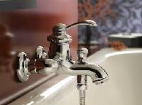robinet bain pas cher jacob delafon ideal standard hansgrohe groh disponibles sur. Black Bedroom Furniture Sets. Home Design Ideas